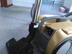 Vacuum pole bracket