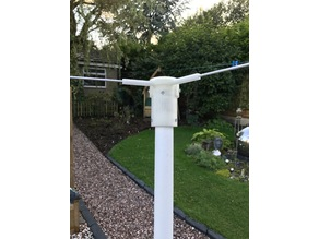 Dipole mount for weather satellite reception