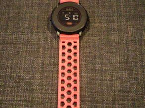 Mesh watch band - integrated buckle