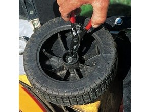 Mower BLACK et DECKER GR450 front wheel (roue pour tondeuse)