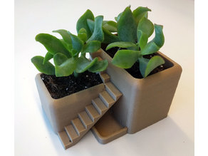 Villa Desk Plant Pot