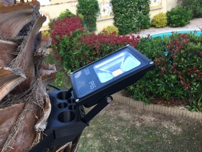Tree lighting fixture - fixation éclairage sur arbre