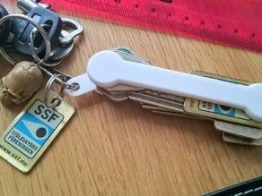 Screwless key holder