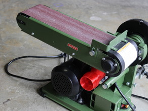 "Central Machinery 4""x36"" Belt Sander Wet/Dry Vac Sawdust Collector"
