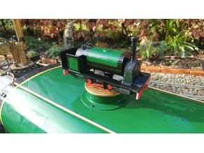 18mm gauge Hunslet steam train