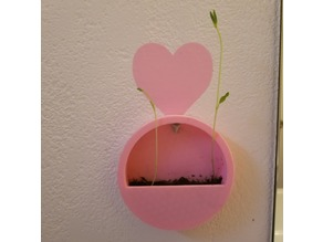 Circular Hanging Wall Planter