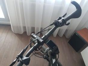 Bicycle flashlight holder