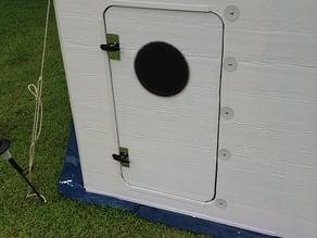 Hexayurt door handles and latches