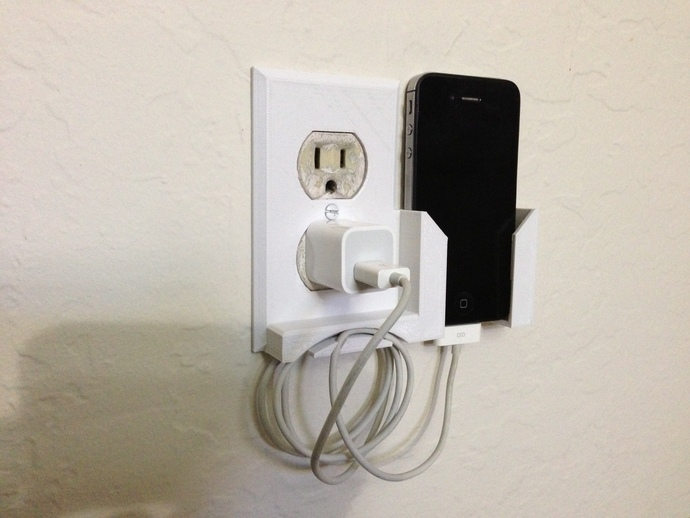 Wall outlet plate smartphone dock by rubb3rtoe thingiverse for Designer room outlet
