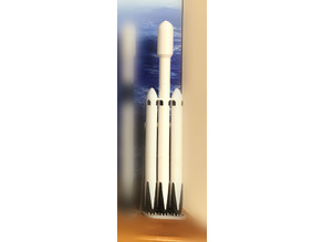 SpaceX Falcon Heavy rocket, 1/200 scale