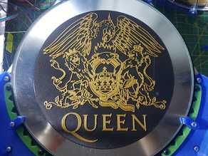Queen Crest Logo