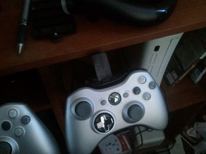 Xbox 360 controller (and speed wheel) desk dock