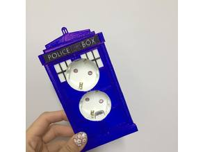 Tardis wall outlet cover