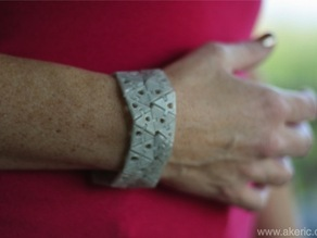 Nervous Kinematic Bracelet