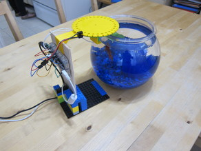 Automatic fish feeder for Fish Bowl