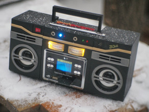 Boombastic - portable old school music player