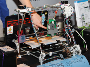 3D PRINT FOOD - Icing 3D Printer modification for RepRap