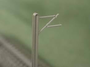 N scale modular track catenary masts