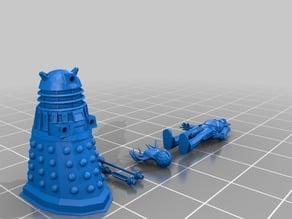 1/72 scale Dalek and cyberman