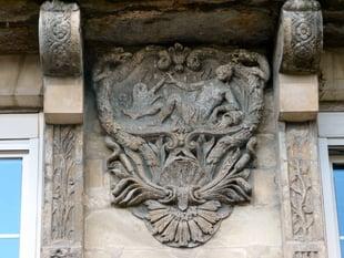Bas-relief maison XVIIIe s - NANTES (France)