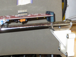 Panavise quick attach circuit board clamping jaws and mount