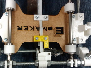Y belt clamp with end stop