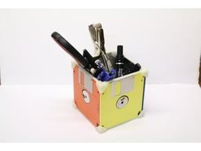 Floppy Penholder
