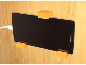 Universal Smartphone Wall Mount