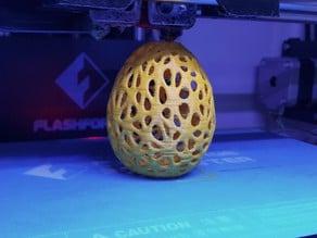 Voronoi-styled egg