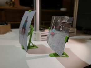 Stand for floating photo frame