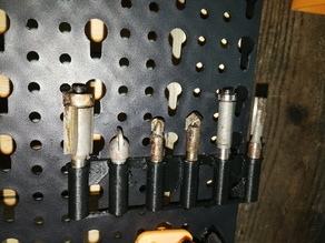 Pegboard (euro) 1/4 bit holder