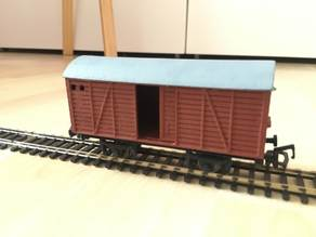 HO (1:87) Scale Box Wagon with sliding doors