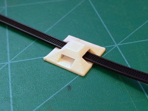 Cable Tie Mounting Pad 20x20 mm