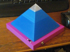 Thicker Pyramid Lamp