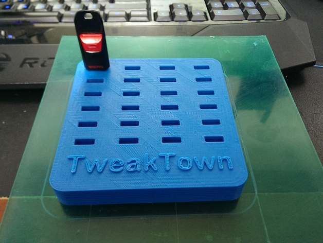 24 slot USB Thumb Drive Organizer with TweakTown.com logo by  TheMakersWorkbench - Thingiverse