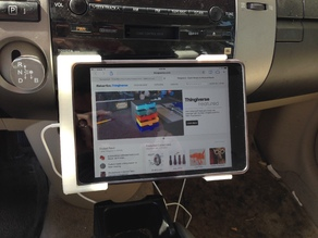 iPad Mini Lightning Dock for 2005 Prius
