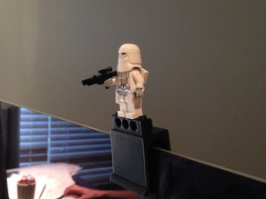 Lego-compatible webcam privacy cover