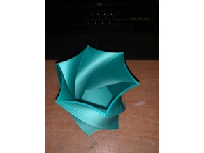 Twisted 6 point star vase / pencil holder