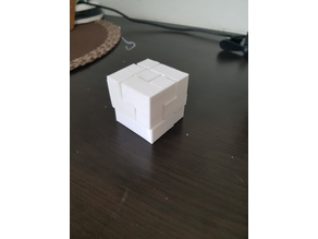 SOMA CUBE / PUZZLE CUBE