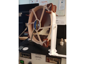 Simple Noctua 200mm Fan Holder for quiet cooling