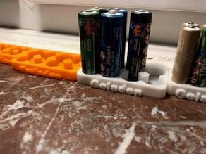 Batterie Halter - Entladen - Geladen