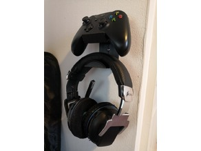 Xbox 1 controller and headset wall mount