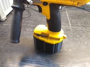 battery box/case 4s2p with bms for dewalt