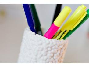 Pencil holder - bubbles texture