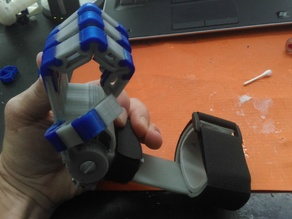 3D prostetic Hand with flexible joints not screws or springs
