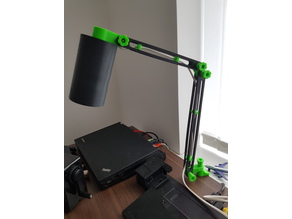 Modular articulating desk lamp