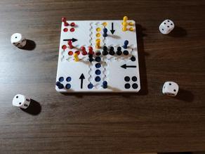 Mensch ärgere dich nicht - Portable German Board Game 150mm