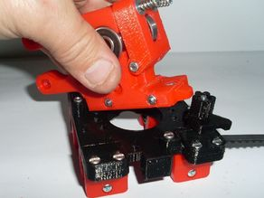 Quick fit extruder latch