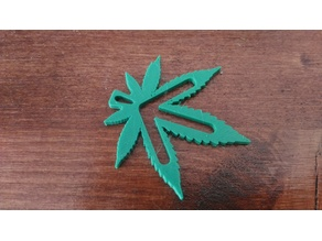 WEED WITH ARROW KEYCHAIN