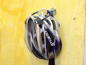 Fahrrad Helm- und Brillenwandhalter / Bicycle Helmet and Glasses Wall Mount